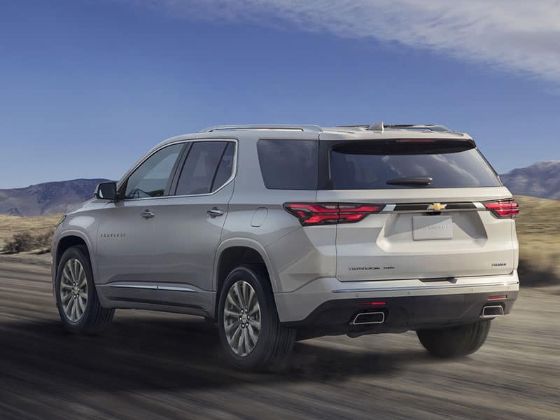 2022 Chevrolet Traverse powertrains and performance