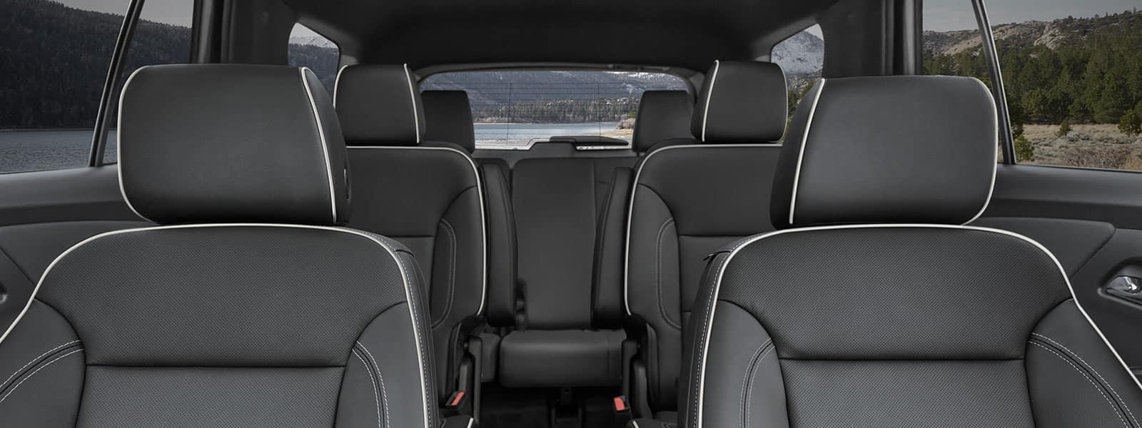 Lease or finance new 2022 Chevrolet Traverse in Weyburn SK