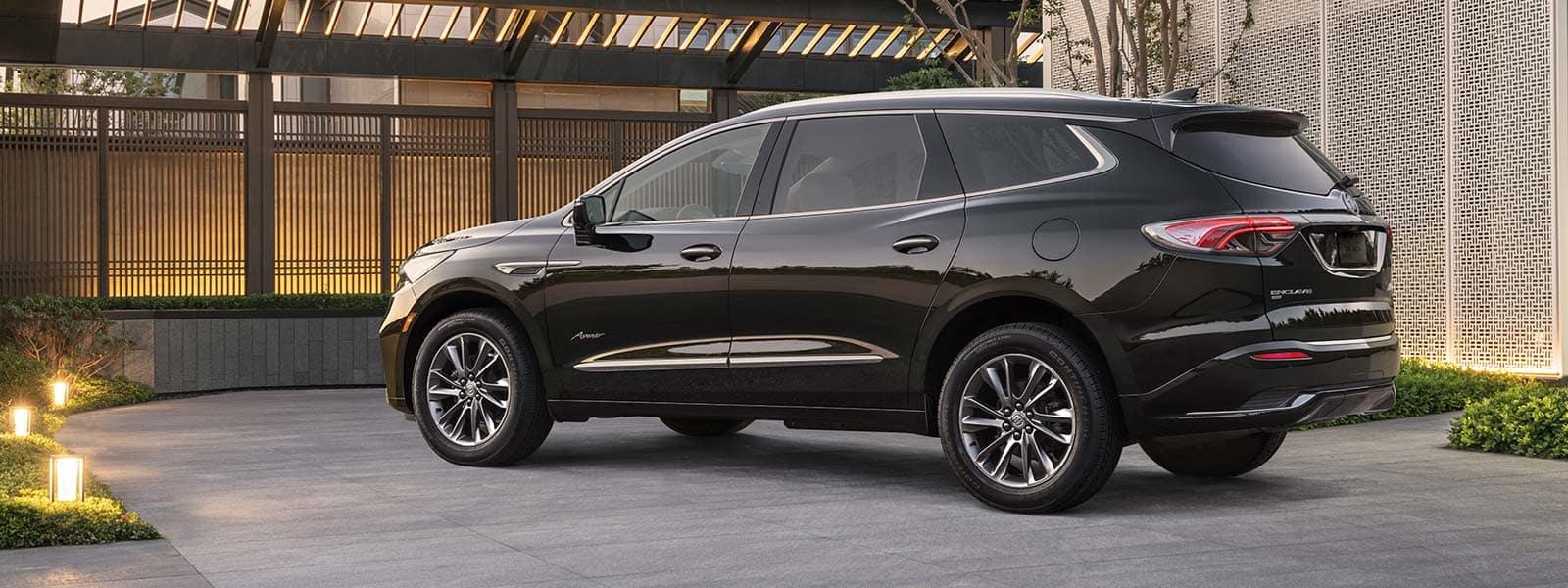 Lease or finance new Buick Enclave in Weyburn Saskatchewan