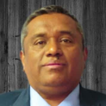 Augusto Flores