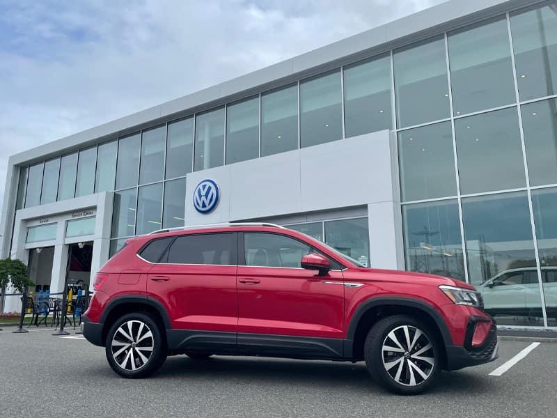 New 2022 Volkswagen Taos in Red Outside Kelly Volkswagen
