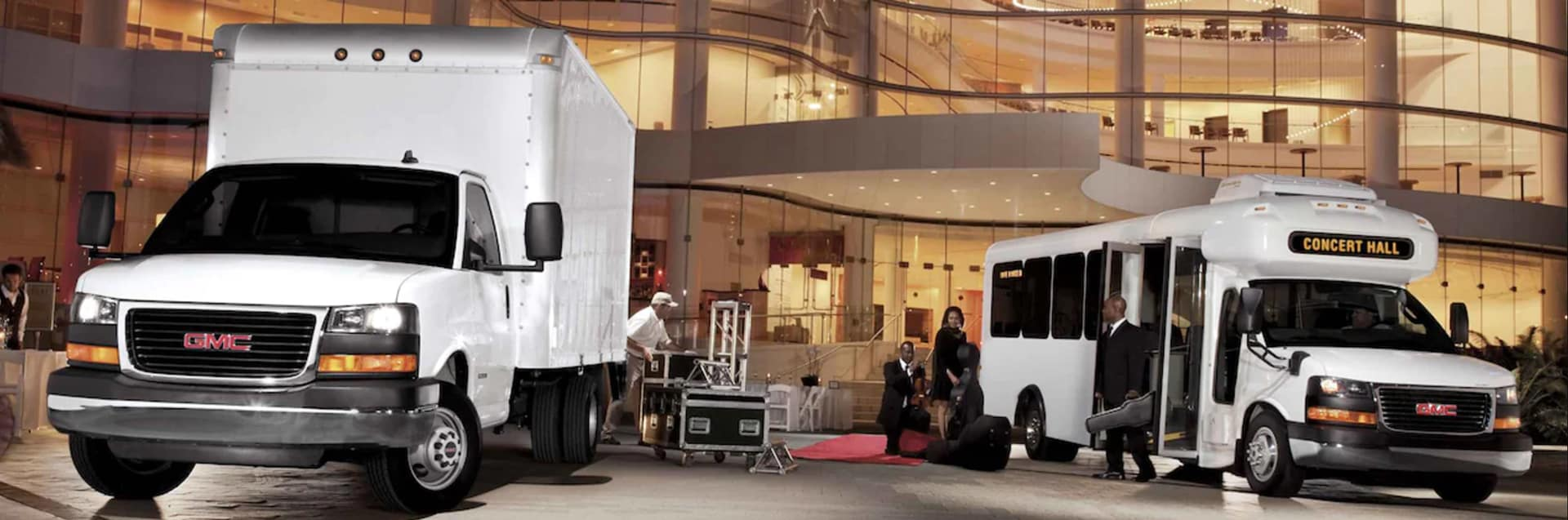 2021 GMC Savana Cutaway Van in St. Louis