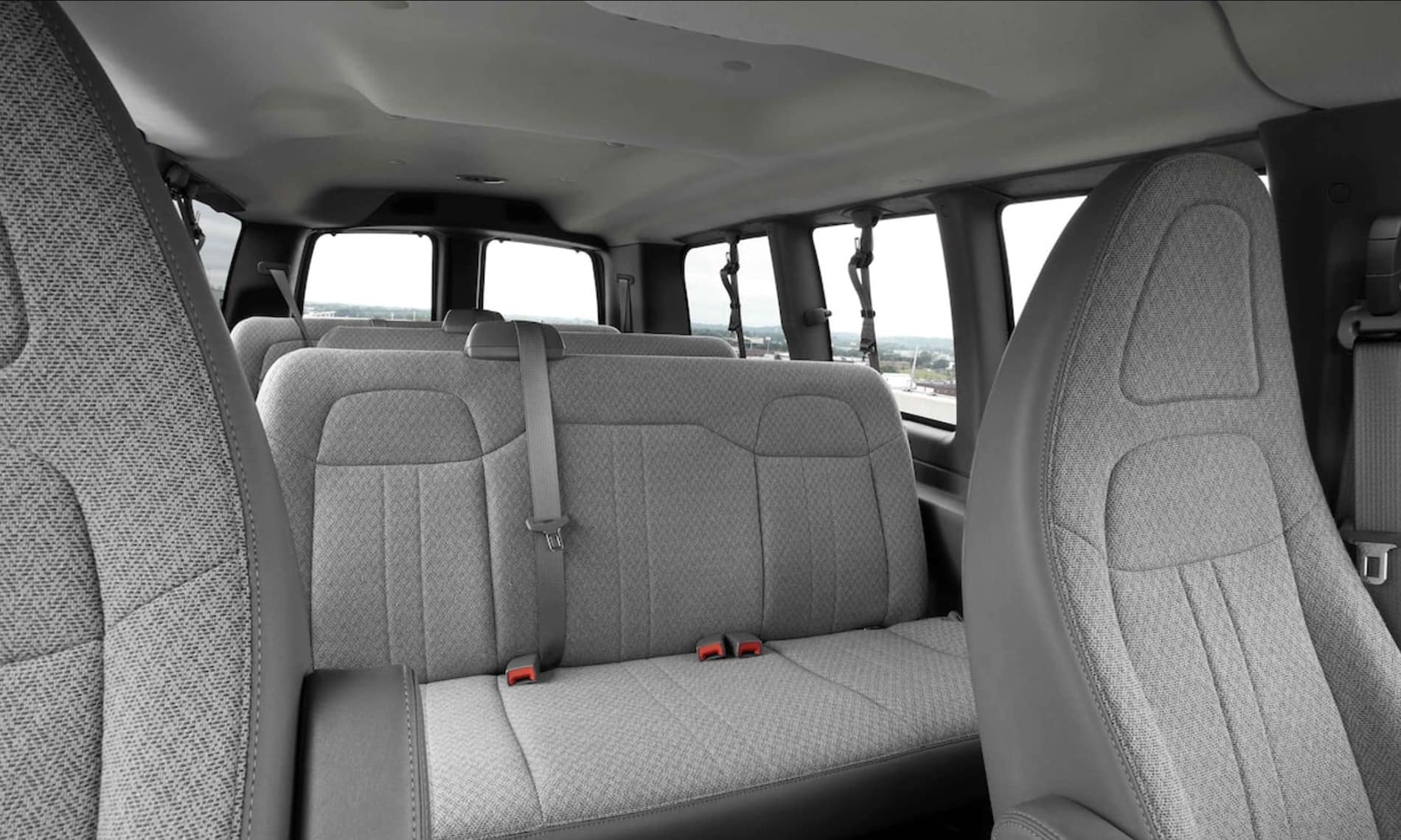 2021 GMC Savana Passenger Van in St. Louis