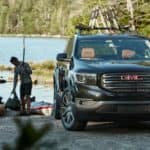 2018_GMC_Acadia_with_boaters_o