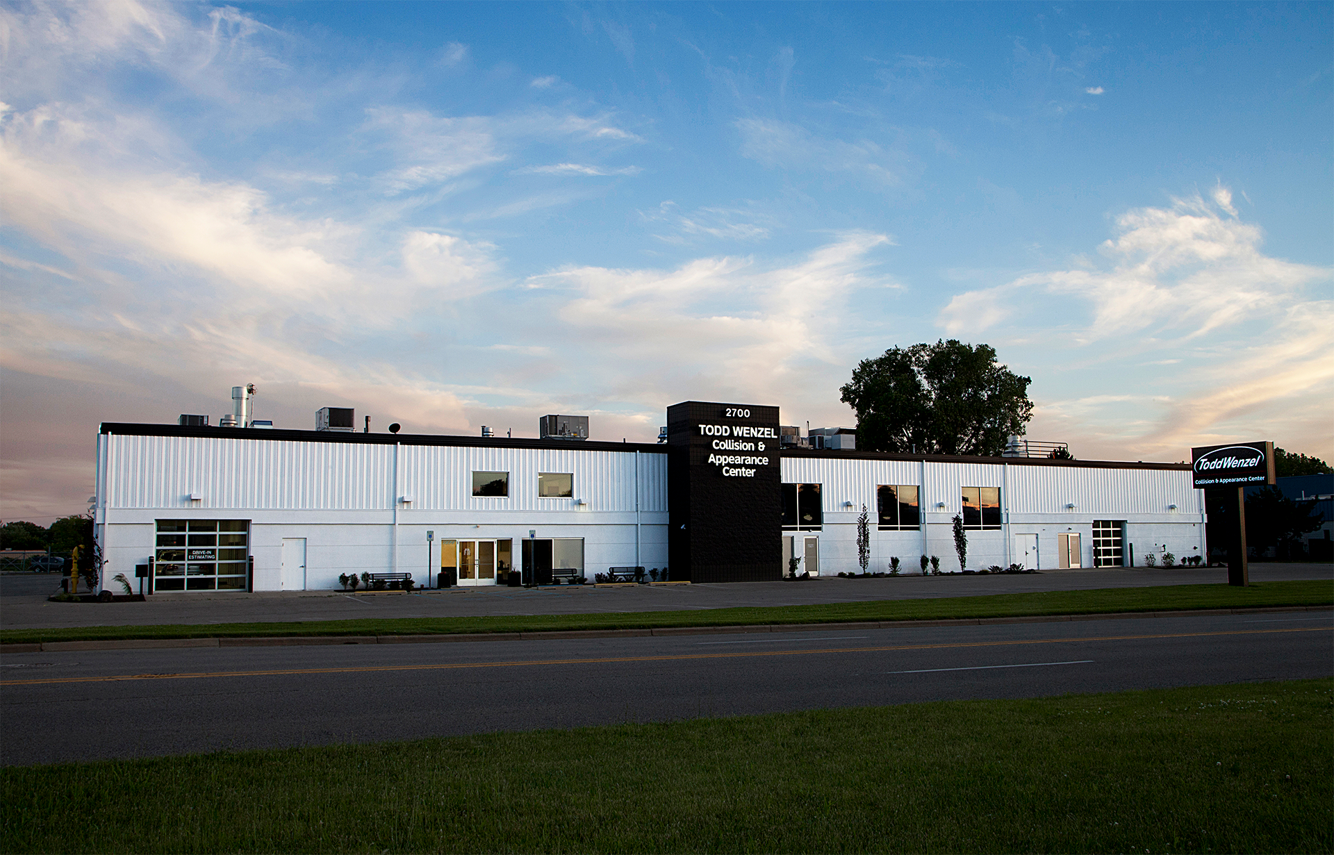 todd wenzel collision and appearance center 29th street